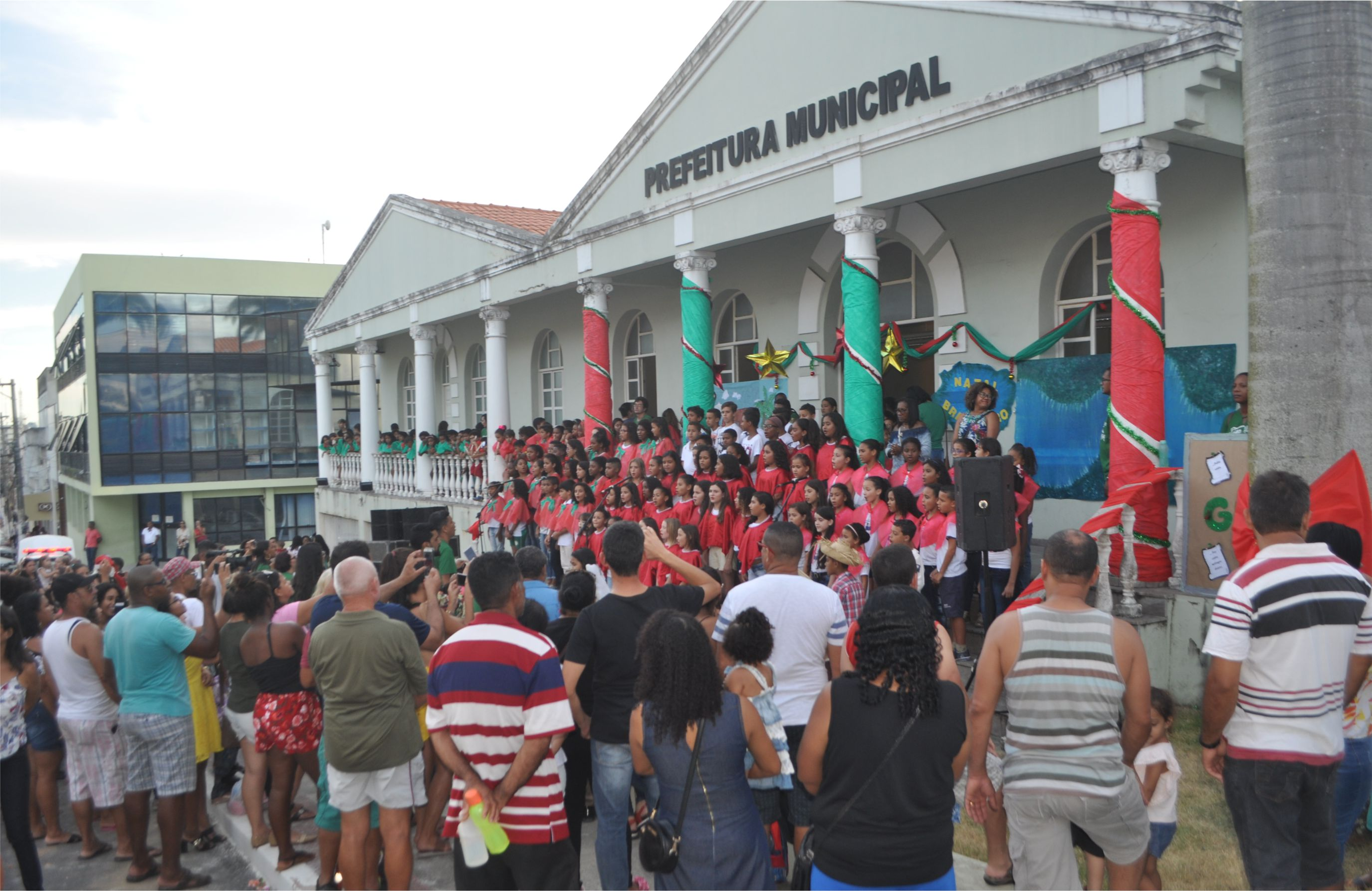 PMSM: Estudantes Da Rede Municipal Emocionam Em Cantata De Natal