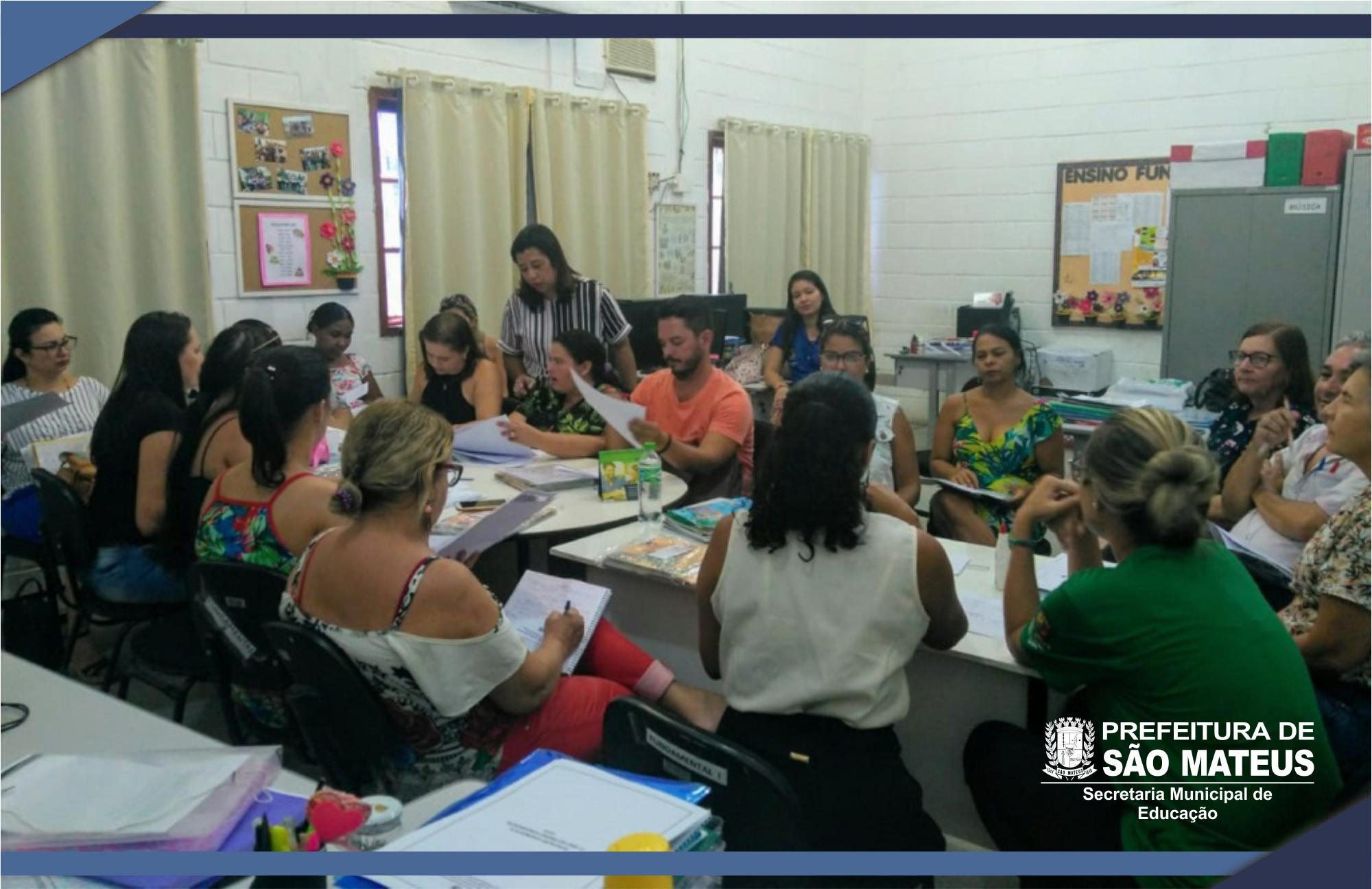 Pedagogos da Rede Municipal dialogam as ações do Paes para 2019