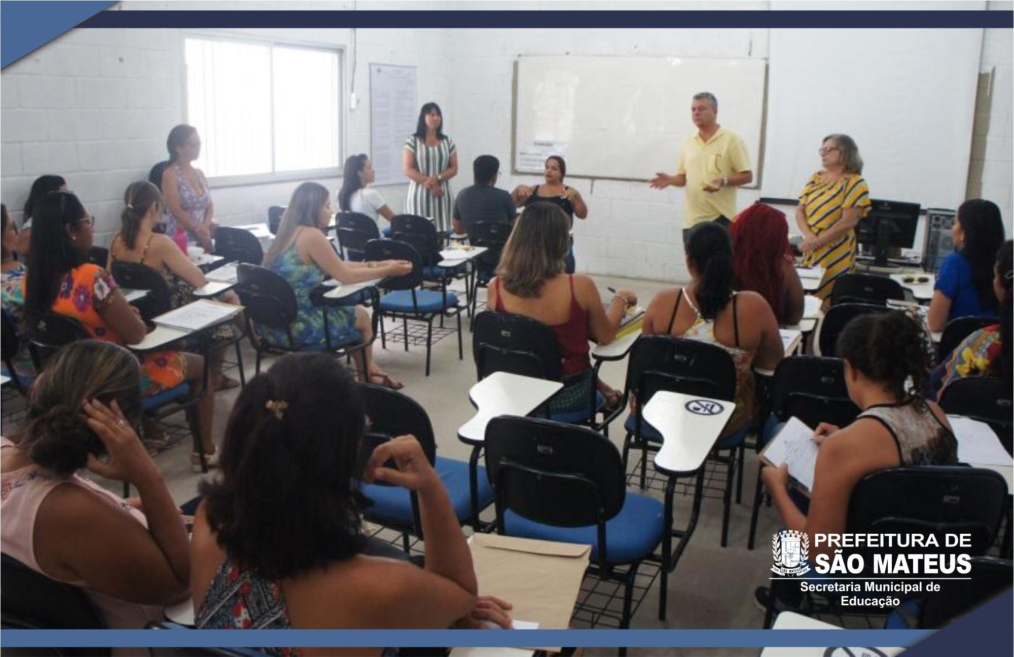Prefeitura promove reunião para professores do Atendimento Educacional Especializado