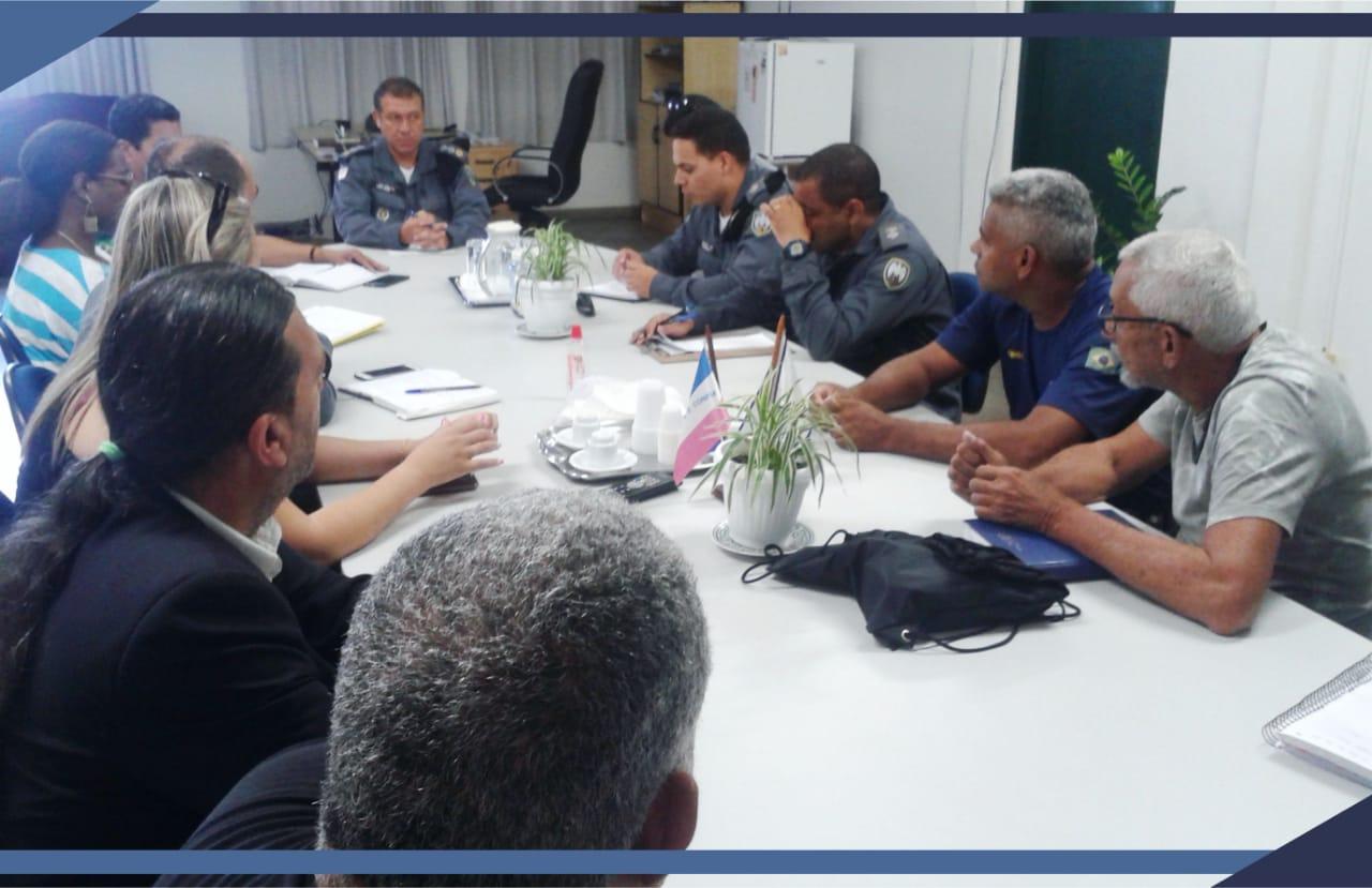 Prefeitura e Polícia Militar discutem logística para temporada de verão