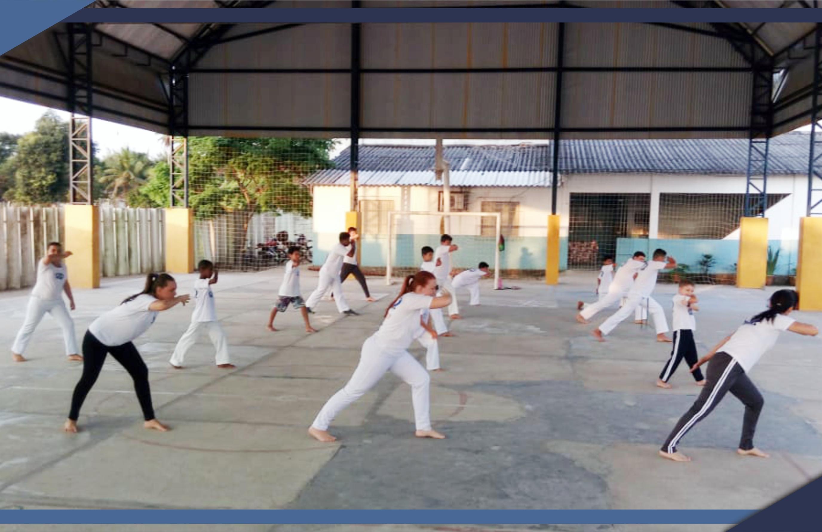 Escola Municipal de São Mateus realiza 2º encontro de capoeiristas