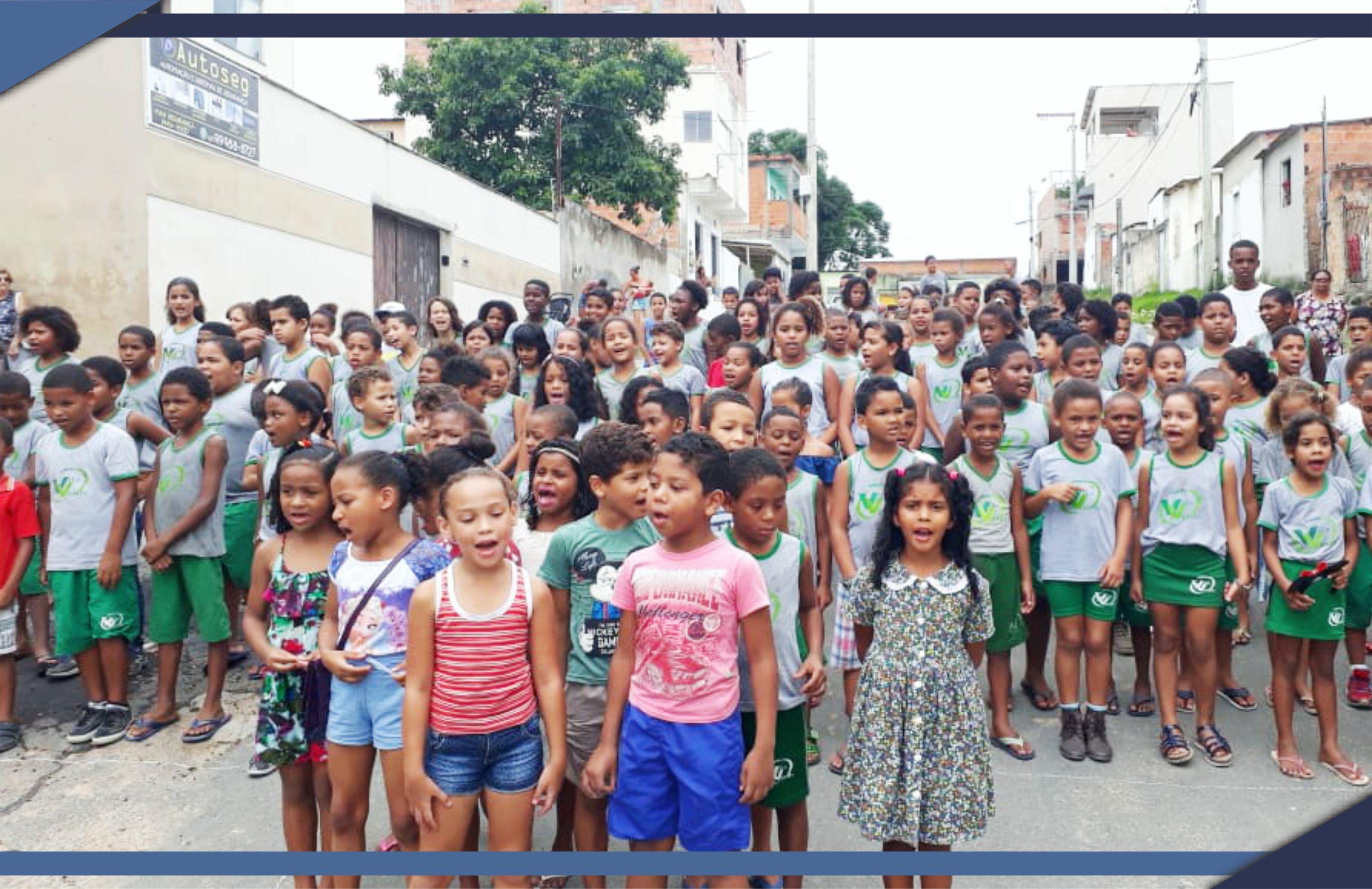 Alunos da Rede Municipal fazem Serenata de Natal no Bairro Vila Verde
